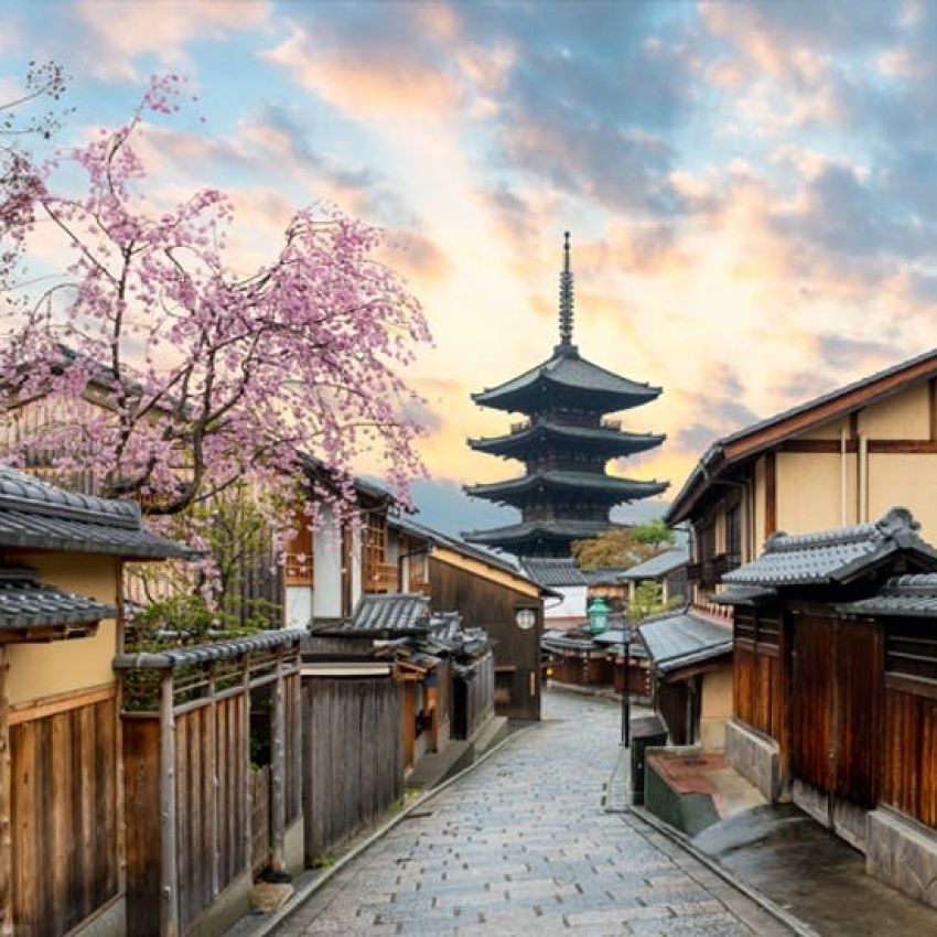 CHINA – JAPONIA  - Circuit 14 zile | de la 2.499 Euro